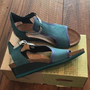 Naot Teal Women's Wedge Sandals Size 39 M